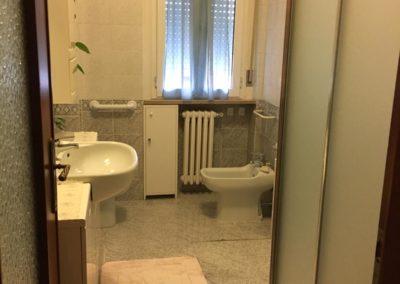 Appartamento con camere – 3 posti – V.le Italia – Rif. 37658/2019
